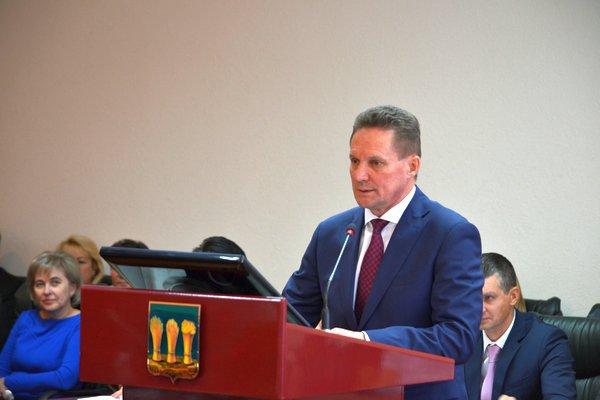 Виктор Кувайцев обратился к депутатам